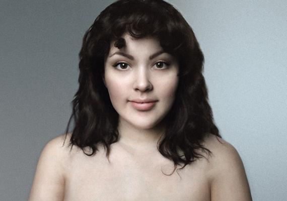 Marie kerek arcát Lettországban sokkal szögletesebbé rajzolták, mintha két különböző lányról készült volna a kép.