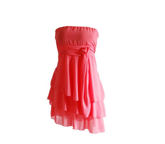 Trükkös, többrétegű ruha romantikus lányoknak, 3800 forintért. Asia Center/Wink Sport&Fashion.