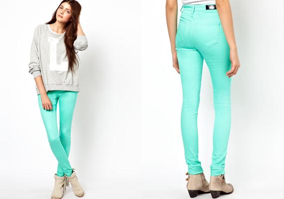 Nagyon jól néznek ki a vibráló divatszínekben pompázó nadrágok, de ha nagy a popsid, ez sem ajánlott. A feltűnő árnyalatok ugyanis az alsótestre helyezik a hangsúlyt - így a popsira is.