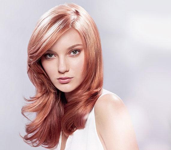 A strawberry blonde, vagyis eperszőke egy rózsaszínbe hajló vörös, ami nagyon romantikus, ráadásul fiatalít is.