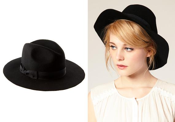 A tarkóra csúsztatható kalap igazi ász, minden fejformára passzol, szépen kiemeli őket.