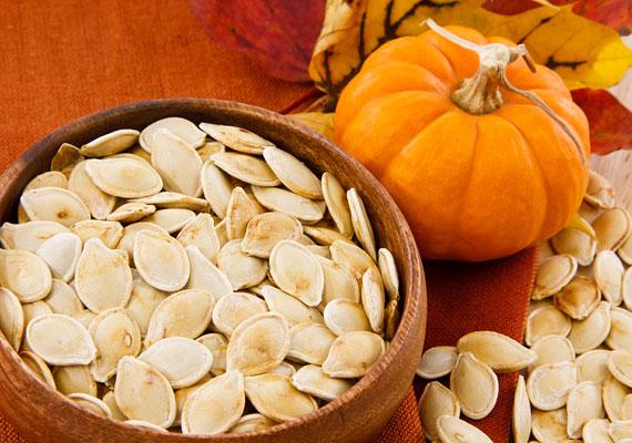 A sütőtök az őszi szezon sztárja, mind a húsában, mind a magjában található antioxidáns, az előbbiben az A-vitamin előanyaga, az utóbbiban pedig E-vitamin.