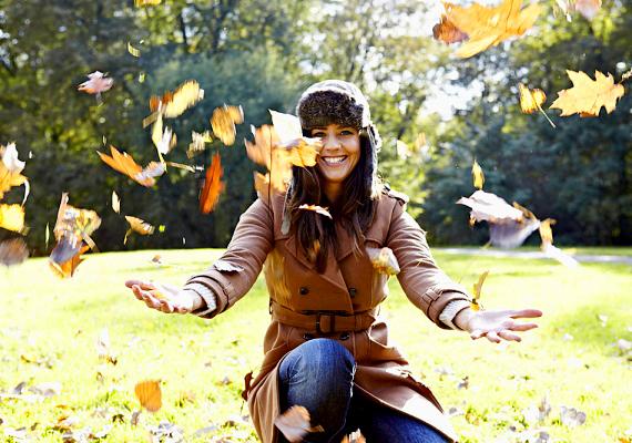 Semmit nem szabad elhamarkodni, ez az öltözködésre is igaz. Bár ősszel is lehet hűvösebb, egy kis horgolt sapka bőven megteszi, nem kell máris elővenni az usánkát, amit eredetileg a decemberi hófúvásokra terveztek.
