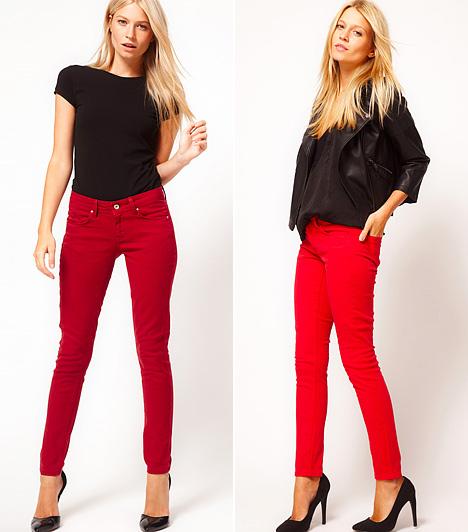 Szexi piros árnyalatokban  A meggypiros és pipacsvörös farmerverziókra már a nőies irányzatok is igent mondanak, ha szűk fazonokról van szó. Ám az efféle darabokat leginkább minimál stílusban képzeli el a divat, két eltérő, kontrasztos tónusra bontva az öltözéket. Feketével vagy a saját rokonárnyalataival párosítva, monokróm összeállításban éppúgy viselheted a vörös farmert, ilyenkor néhány színes kiegészítővel megtörheted az alapszínek harmóniáját. Az élénkpirossal vigyázz, mert vastagítja az idomokat!
