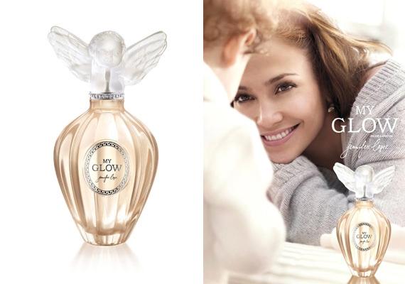 Az édesanyák angyali illata egyszerre puha és otthonos, ezt próbálta meg Jennifer Lopez a My Glow elnevezésű parfümjébe belecsempészni. Ha szeretnéd az illatot, itt rendelheted meg.