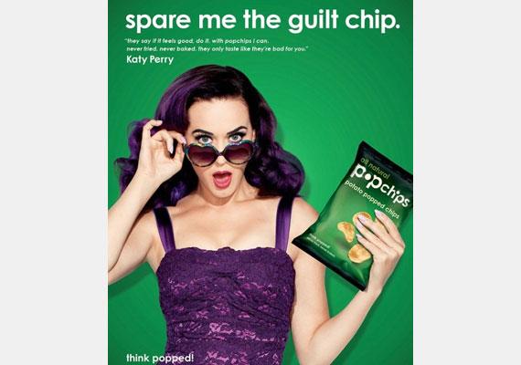 Katy Perry chipset reklámozott 2012-ben: a képpel első ránézésre semmi baj, de számold csak meg az énekesnő ujjait.