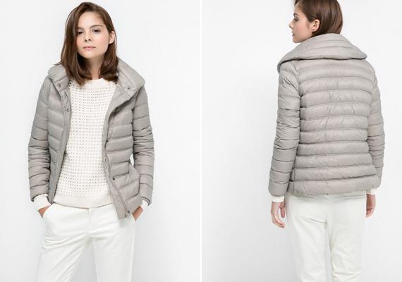 A nagy gallér tipikusan a női holmik védjegye, így ellensúlyozza a kabát kissé sportos jellegét. A Mangóban megvásárolható kabát 14 995 forintba kerül.