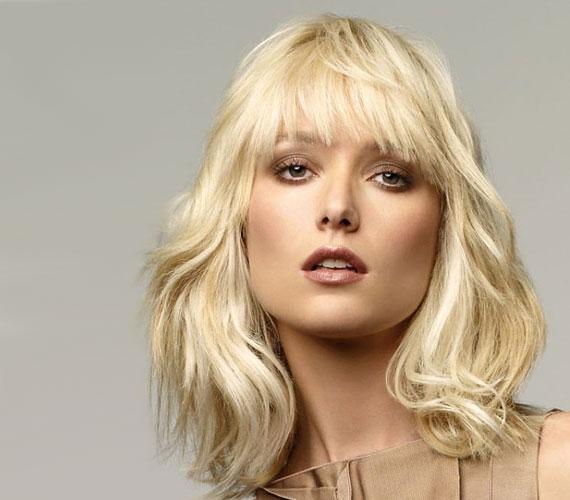 A réteges vágás akkor is működik, ha a hajad egy picit hullámos.