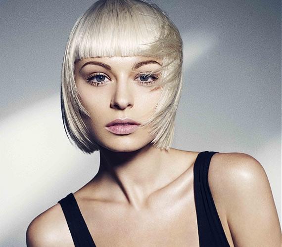 Ha szeretnéd az arcodra irányítani a figyelmet, a Kleopátra-frizura erre tökéletesen alkalmas.