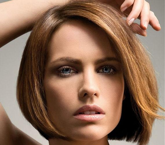 A klasszikus bubi őszi hódítása után télen is kedvelt frizura lesz. Ha az egyenes fazont választod, még a szárítgatással sem kell különösebben bajlódnod.