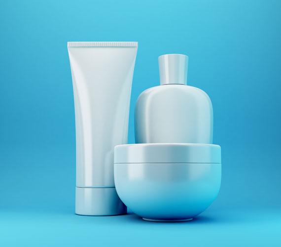 Télen, mivel a bőr alapból irritáltabb, a kozmetikumokban található káros anyagok sokkal hatékonyabban fejtik ki hatásukat, legyen szó SLS-ről, parabénekről vagy kőolajszármazékokról. Mielőtt beszerzel egy krémet, alaposan olvasd el az összetevők listáját.