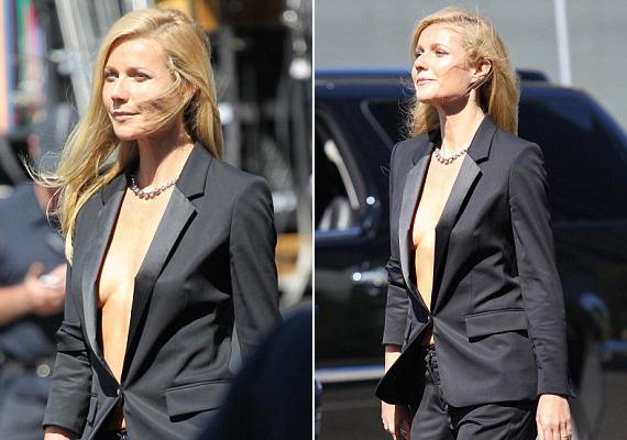 Gwyneth Paltrow a Boss új parfümkreációjának arcaként fotózkodott köldökig nyitott blézerben, mely alá nem vett felsőt, így túl sokat mutatott meg magából.