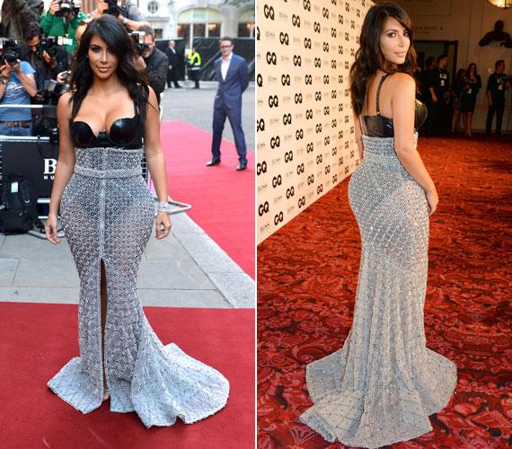 Kim Kardashiannál azon csodálkoznánk, ha laza ruhában jelenne meg valahol. Állítólag külön szabója van, aki legendás hátsójára alakítja a dizájnerruhákat. A GQ díjátadóján szinte mindent megmutatott.