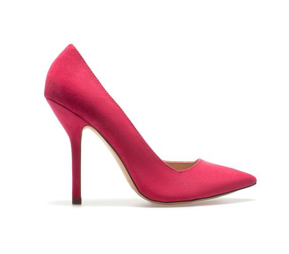 A pink cipőt pedig a Zara kínálatából választhatod 16ad0e502a