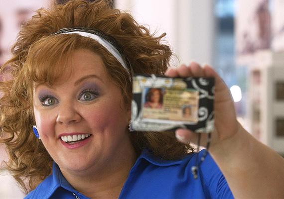 Melissa McCarthyt egy kövér vízilóhoz hasonlította Rex Reed kritikus a Személyiségtolvaj című film kapcsán. Ennek azonban semmi köze ahhoz, hogy miként formálta meg Diana karakterét.