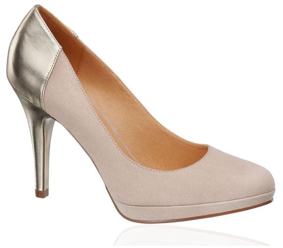 A csodaszép nude magassarkú önmagában is remekül néz ki, hát még az arany sarokkal. A cipő 5990 forintba kerül.
