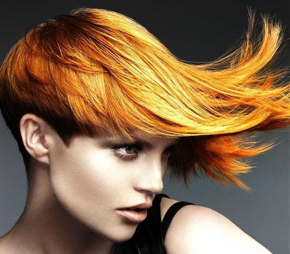 A lángvörös haj hallatán általában sötétebb színre gondolunk, pedig a lángok inkább világosak.