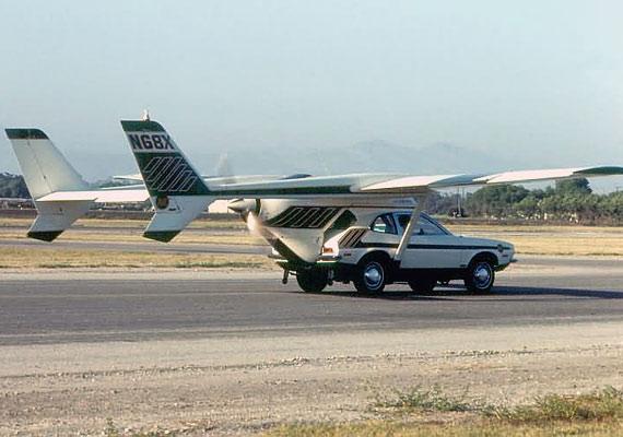 Henry Smolinski valóban a levegőbe emelkedett 1973-ban az általa feltalált repülő autóval, de landoláskor a szárnyak és a kerekek kitörtek, a férfi pedig meghalt.