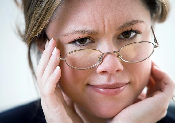 A tartle szót a skót nyelv annak a kínos pillanatnak a leírására használja, amikor beszélgetés közben hirtelen zavartan elhallgatsz, és nem tudod folytatni a mondandódat, mert nem jut eszedbe a beszédpartnered neve.