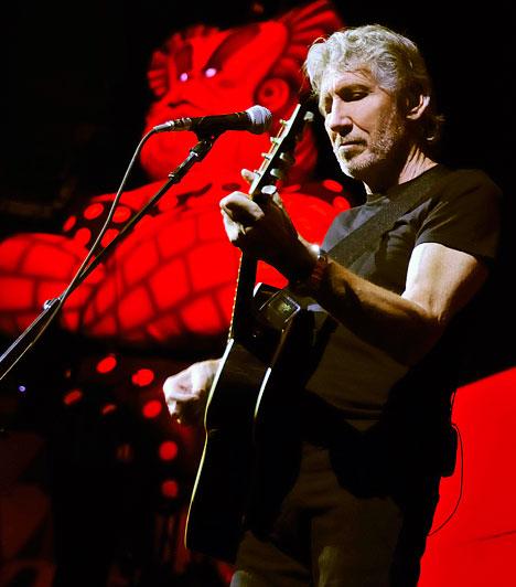 Roger Waters - A Fal  2011. tavaszán a Pink Floyd zenekar által teremtett Fal elindul első – és valószínűleg utolsó – európai turnéjára. Láthatod A Falat teljes egészében, élő zenekari kísérettel, speciálisan a turnéra tervezett, csúcstechnológiájú színpadi show keretében. Hazánkban a Papp László Budapest Sportaréna fogadja a műsort 2011. június 22. este nyolckor.  Kapcsolódó cikk: Roger Waters - A Fal »