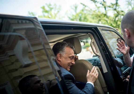 """""""Az ideológusok rendszerint bajban vannak, ha definiálni kell, hogy mi a pokol ez. De olyan ez, mint a pornográfia: senki nem tudja pontosan, mi az, de ha látja, akkor felismeri, hogy igen, valószínűleg ez az."""" – ezt maga Orbán Viktor mondta egy pozsonyi biztonságpolitikai konferencián, amikor épp a magyarországi társadalmi és gazdasági berendezkedésről beszélt, ezen belül is a szociális ellátásról."""