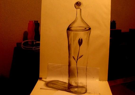 Akárcsak egy igazi, átlátszó üveg: a rajz Fredo műve.