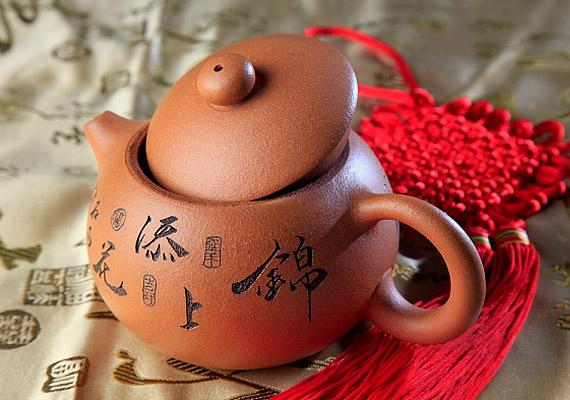 Vannak bizonyos fűszerek, amik elhozzák a szerelmet. Ízesítsd a teádat fahéjjal vagy mentával, és miközben elkortyolgatod az innivalót - a lehető legnyugodtabb környezetben -, gondolj a srácra.