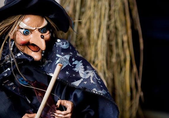Mindenkire máglyahalál várt Angliában, akit boszorkánysággal vádoltak? Korántsem: a legtöbbeket felmentették, és akiket elítéltek, többnyire bitófán végezték. A máglyahalál egyáltalán nem volt gyakori.