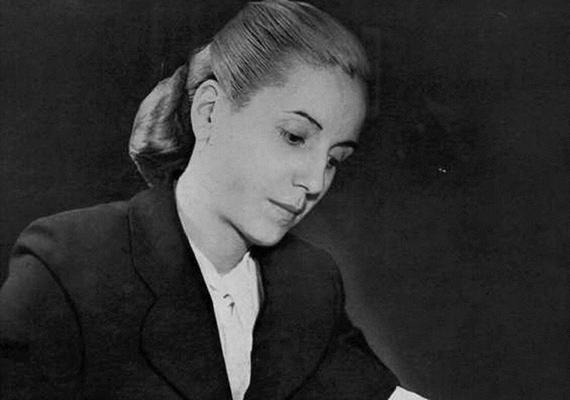 Eva Perón, vagy ismertebb nevén Evita volt az első női politikus Argentínában. Nemcsak szónoki képessége volt legendás, hanem az az odaadás is, amivel a népéhez fordult.