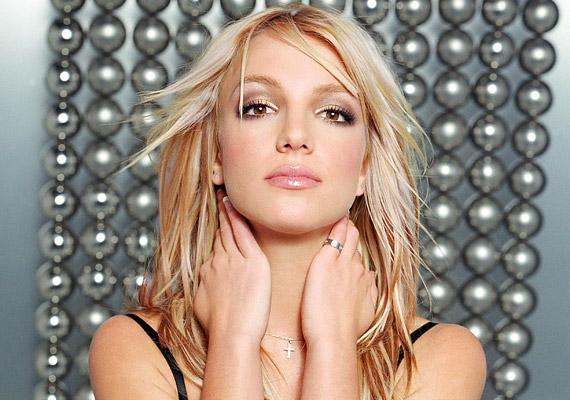 Britney Spears Femme Fatale turnéjávalszeptember 30-án érkezik hazánkba. A koncertet a Papp László Budapest Sportarénában láthatod.