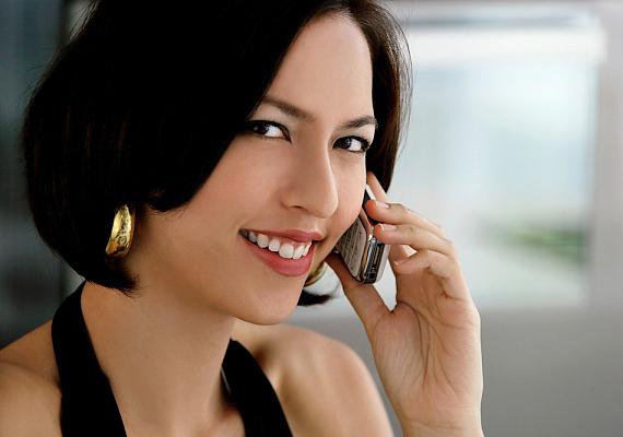 Ne feledd, a személyes interjú már a telefonban elkezdődik: ha ismeretlen számról hívnak, semmi esetre se vedd fel evés vagy más tevékenység végzése közben, és mutatkozz be.
