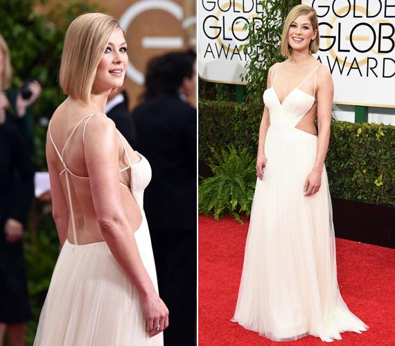 A bájos színésznő, Rosamund Pike az idei Golden Globe-ra érthetetlen mód ebben a számára teljesen előnytelen ruhában érkezett. Lehet jobb lenne stylistot váltania.