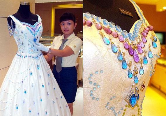 Yumi Katsura Hong Kong-i tervező ruháját összesen 10 ezer karátnyi drágakő teszi csillogóvá, ám 130 ezer dolláros értékével így is éppen csak felfért a tizes listára.