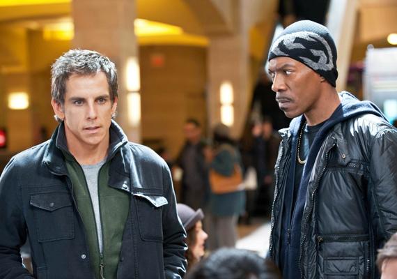 Ben Stiller és Eddie Murphy közös filmjükben, a Hogyan lopjunk felhőkarcolót című alkotásban igyekeznek komikusi vénájukat megcsillogtatni november 10-től.