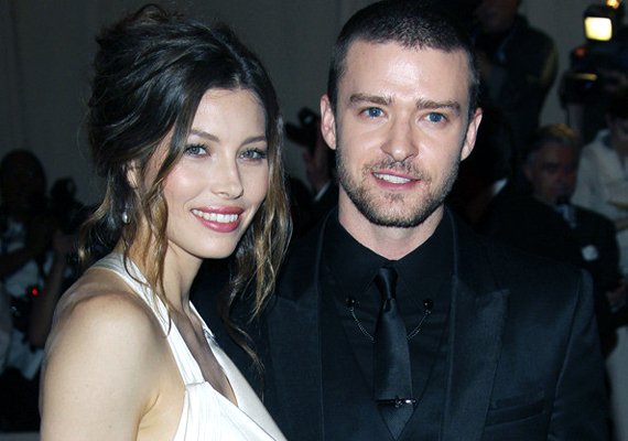 Bár a pletykák szerint a tervezett esküvő körül akadt némi bonyodalom, Justin Timberlake és Jessica Biel még így is az egyik kedvenc sztárpárunk.
