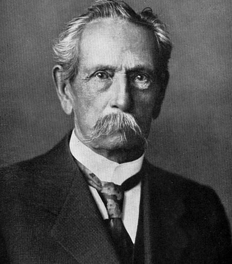 Karl Benz (1844-1929)  A benzinüzemű személygépkocsi feltalálójaként világhírre szert tett német mérnök, Karl Benz tehetsége is korán megmutatkozott. A mozdonyvezető családban született Benz kilencévesen kezdte a líceumot, mely után a német Műszaki Egyetemen, majd a karlsruhe-i egyetemen folytatta tanulmányait. Utóbbira 15 évesen nyert felvételt.