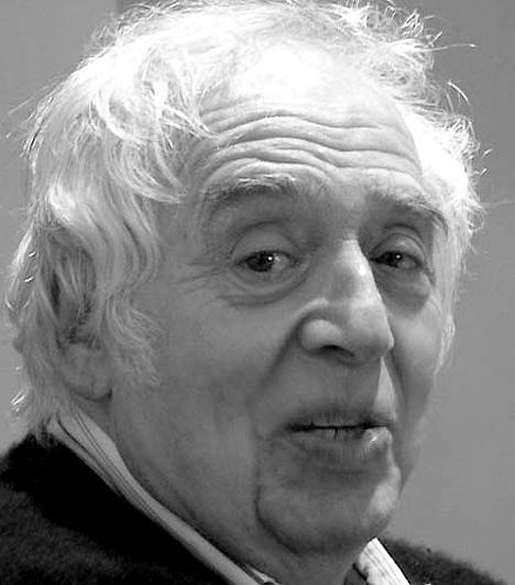 Harold Bloom (1930- )  Az amerikai Harold Bloom irodalmár az irodalom egyik legkiemelkedőbb alakja. Már gyerekkorában falta T. S. Eliot, Shakespeare és William Blake műveit, és még csak 11 éves volt, amikor már kedvenc elfoglaltságává vált az irodalmi művek elemzése. A gyerekként is zseninek tartott Bloom jelenleg a Yale Egyetem professzora.