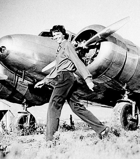 Amelia Earhart (1897-1937)A 20. század elején már semmi akadálya nem volt annak, hogy az ember a birtokába vegye az eget - és annak, hogy a nők is a fellegekbe emelkedhessenek. Közülük Amelia Earhart volt az első, aki 1932-ben átrepülte az Atlanti-óceánt.Kapcsolódó cikk:A történelem 3 legrejtélyesebb eltűnése »