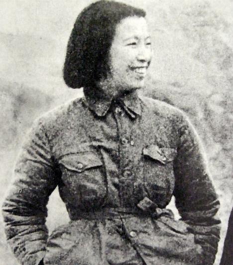 Csiang Csing (1914-1991)A kínai Csiang Csing Mao Cetung feleségeként került reflektorfénybe. Az úgynevezett négyek bandája vezetőjeként súlyos felelősség terheli a kulturális forradalom utolsó szakaszában elkövetett törvénytelenségekért, fanatizálásért és az ebből eredő gyilkosságokért. Férje halála után be is börtönözték.