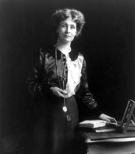 Emmeline Pankhurst (1858-1928)Ő volt az első asszony Nagy-Britanniában, aki nem csupán irodalmi, hanem politikai eszközökkel is felvette a harcot a nők jogaiért. Az 1903-ban általa alapított szervezet élén a nők választójogának elismerését követelte. Nyolc alkalommal került börtönbe, mielőtt a parlament tagja lett.
