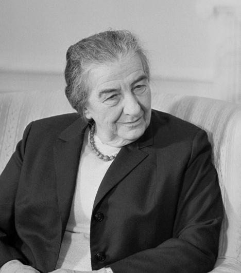 Golda Meir  Izrael állam alapítóinak egyike, 1969 és 1974 között Izrael miniszterelnöke.  1898 májusában született Kijevben, ám családja 1903-ban kivándorolt az USA-ba, és végül ő is ott nőtt fel. Politikai pályájának első fontos pozíciója a munkaügyi miniszteri poszt volt, ami után külügyminiszter, később pedig miniszterelnök lett.