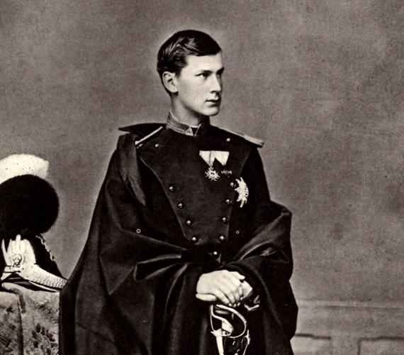 II. Lajost öccse, I. Ottó követte a trónon, azonban őt is elmeháborodottnak nyilvánították. Uralkodásának 27 évét házi őrizetben töltötte.