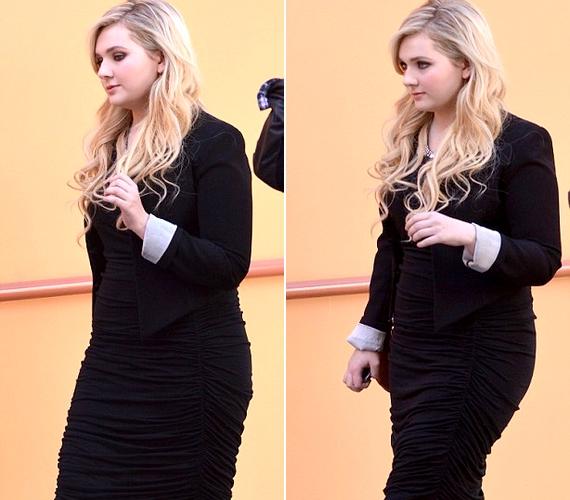 A színésznő a plusz kilókkal is jól néz ki, sőt, a világ most kezdi észrevenni, hogy igazi nővé cseperedett.
