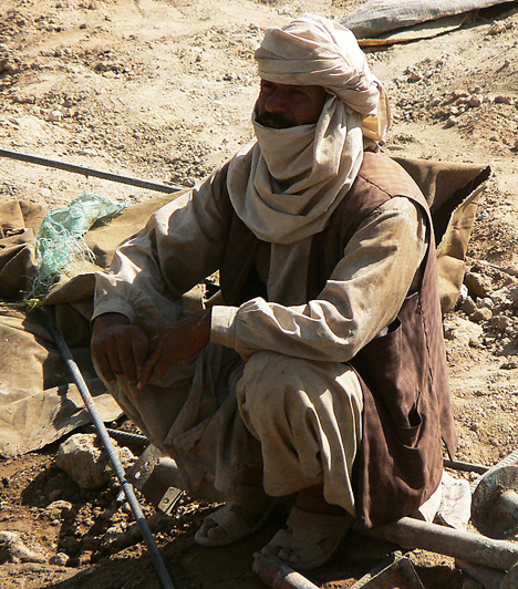 A régészek szerint a mai Afganisztán területén már 50 ezer évvel ezelőtt is éltek emberek. Az idők során számos nép fordult meg a területen, és hódította meg az országot, közöttük a médek, az arabok, a törökök és a mongolok. Az elmúlt évtizedekben a britek és a szovjetek, legújabban pedig az amerikaiak és szövetségeseik próbálták leigázni.