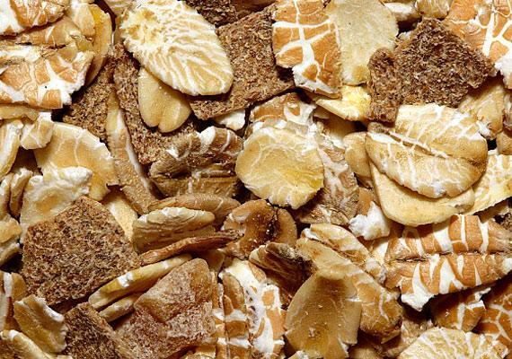 A zabkását természetes hámlasztóként használhatod, mézzel vagy joghurttal elkeverve.