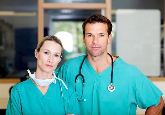 Az egészségügyi dolgozókra jelenleg nagy szükség van, főként az ápolókra.
