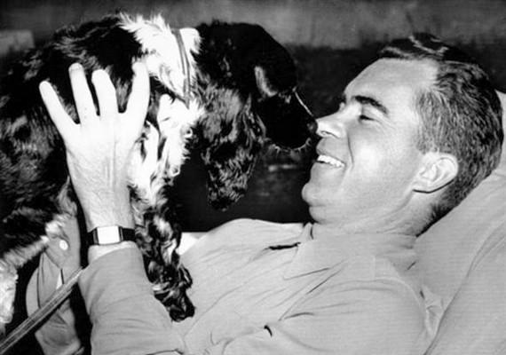 Checkers névre keresztelték Richard Nixon egykori amerikai elnök kutyusát.
