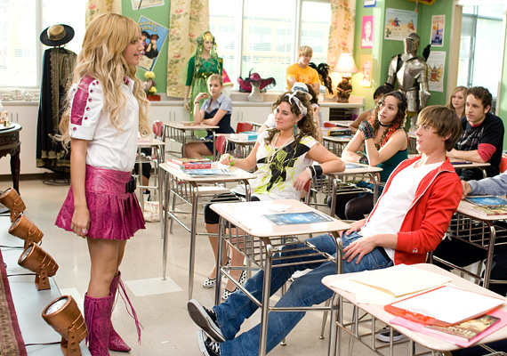 ...majd szerepet kapott a High School Musicalben is.