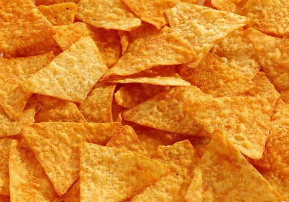 Többet kell fizetni a chipsért, mert a gyártók áthárítják a népegészségügyi termékdíjat.