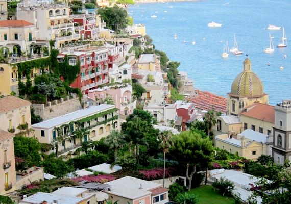 Az olasz Amalfi-parton nyár végén már fáradtan süt a nap. Kattints ide a nagyobb felbontású képért!
